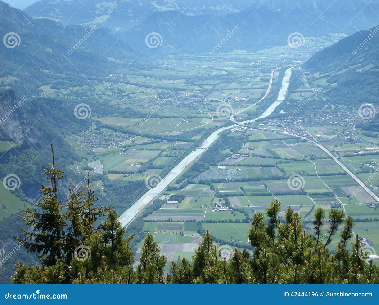 Valle del Rin entre Sargans y Landqart