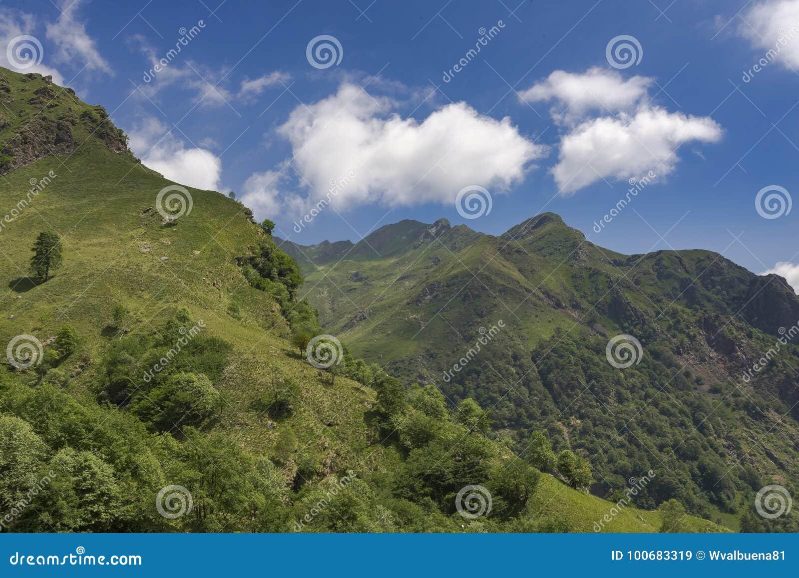 Valle italiana delle alpi-Valstrona