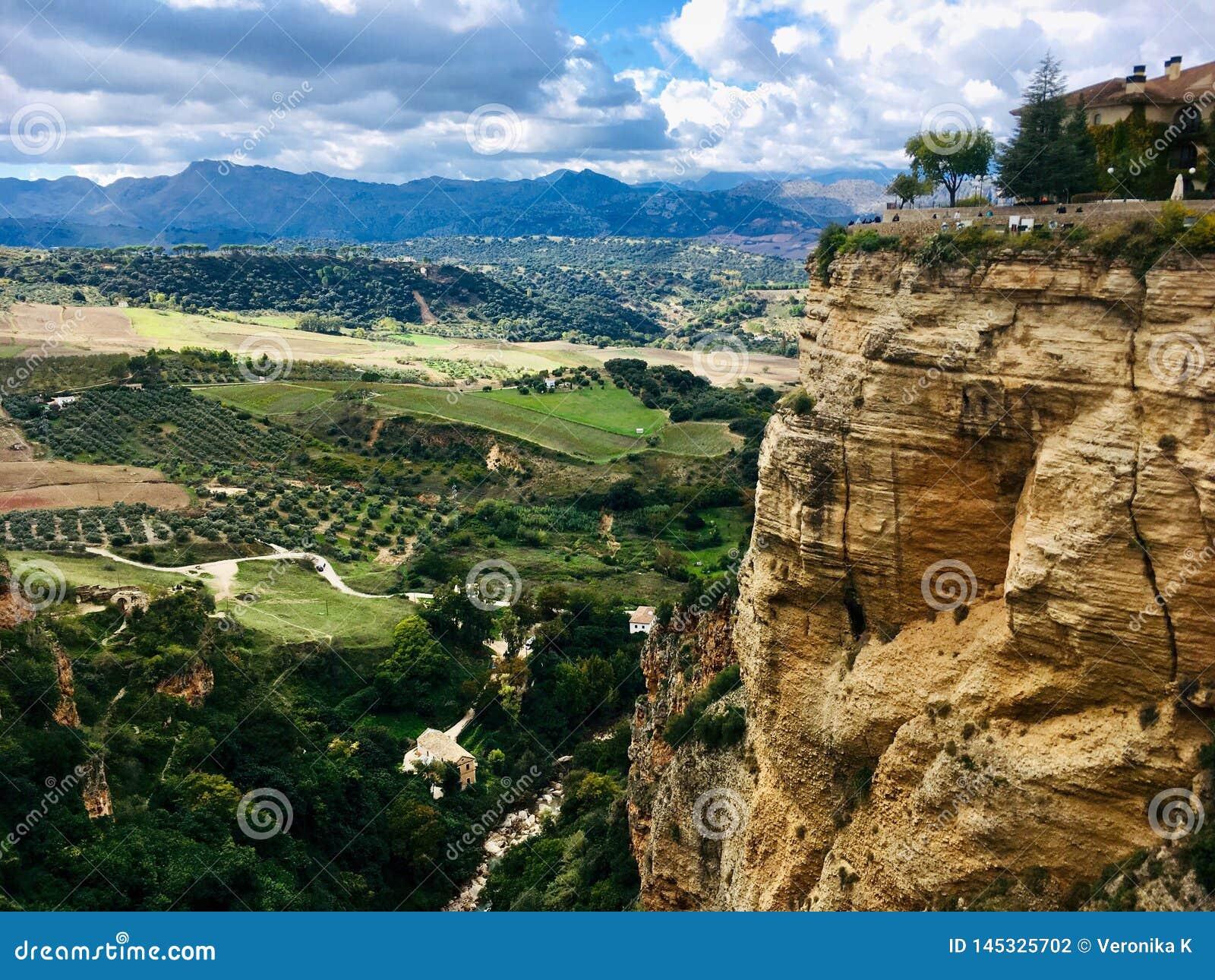 Valle sotto la città di Ronda