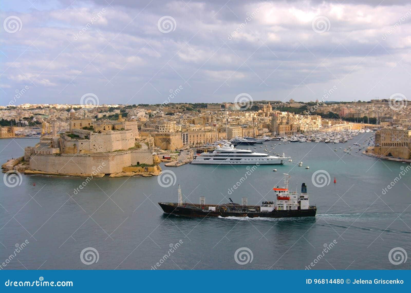 Valletta, η πρωτεύουσα της Μάλτας και Μεσόγειος