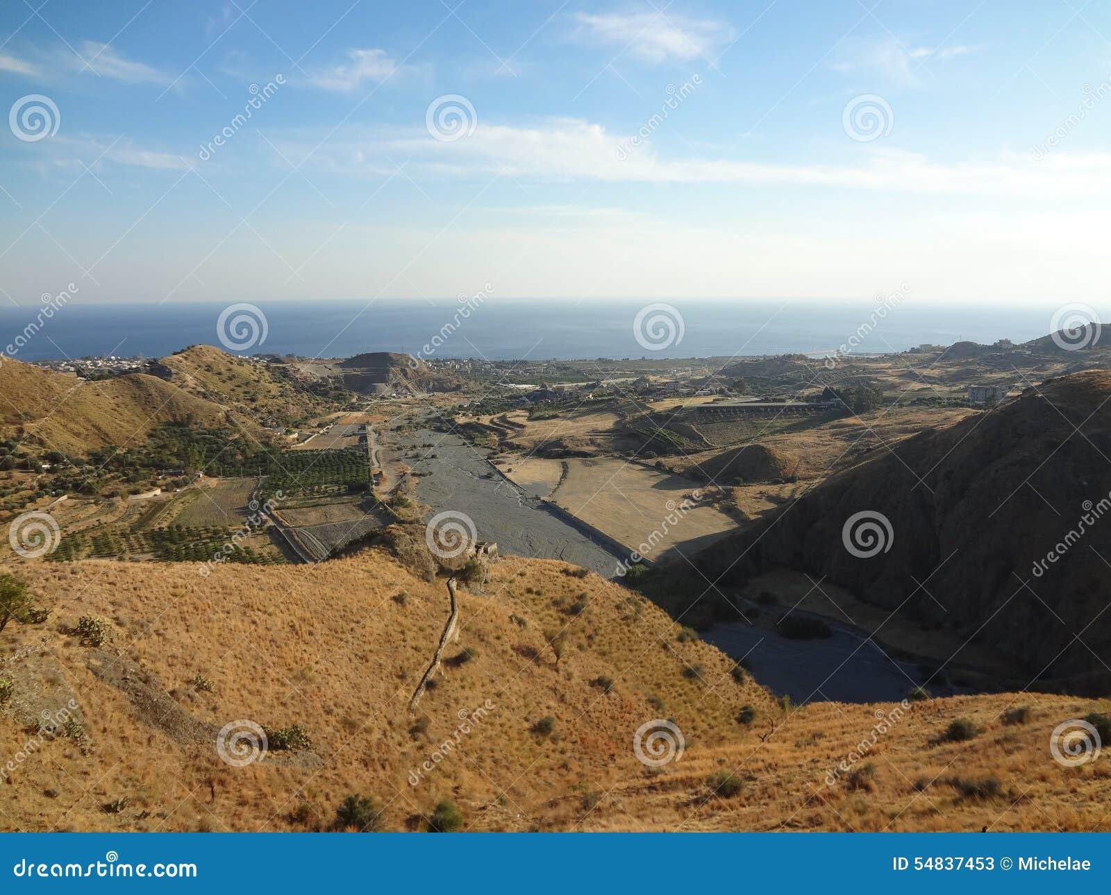 Valley below Pentedattilo