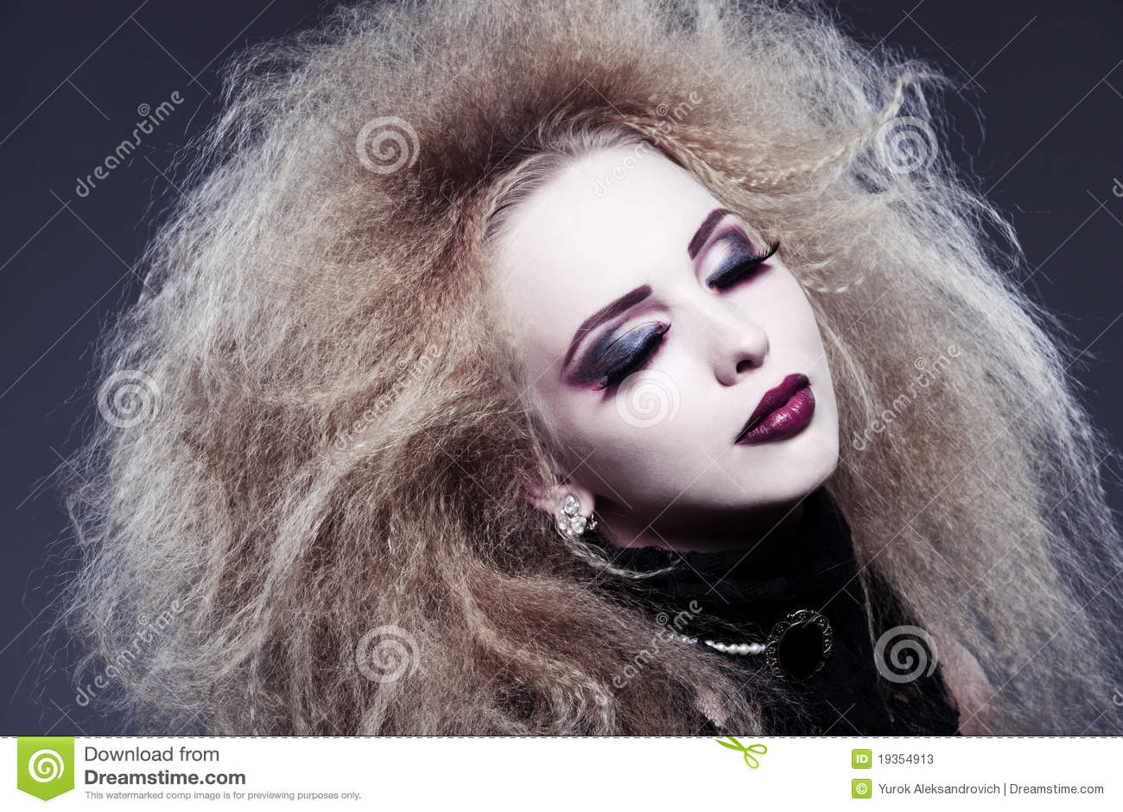 Vampiro bonito novo