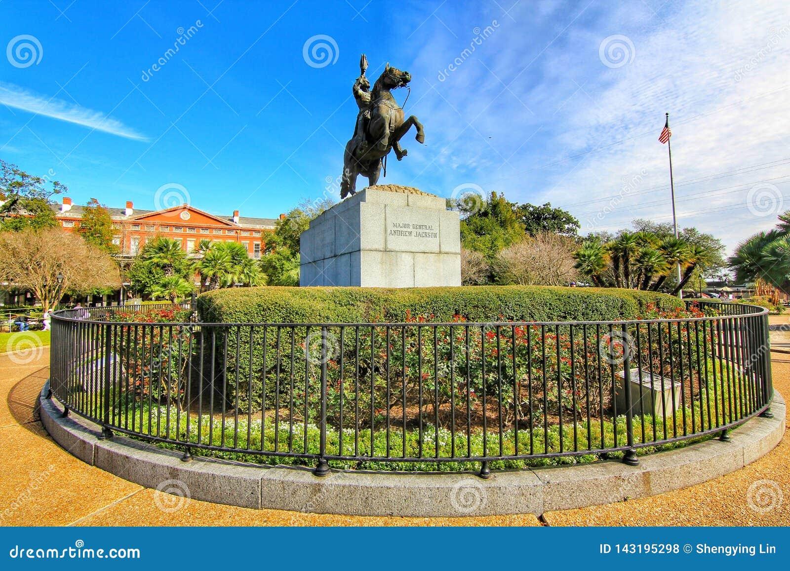 Van Andrew Jackson het standbeeld en van Pontalba Flats in New Orleans