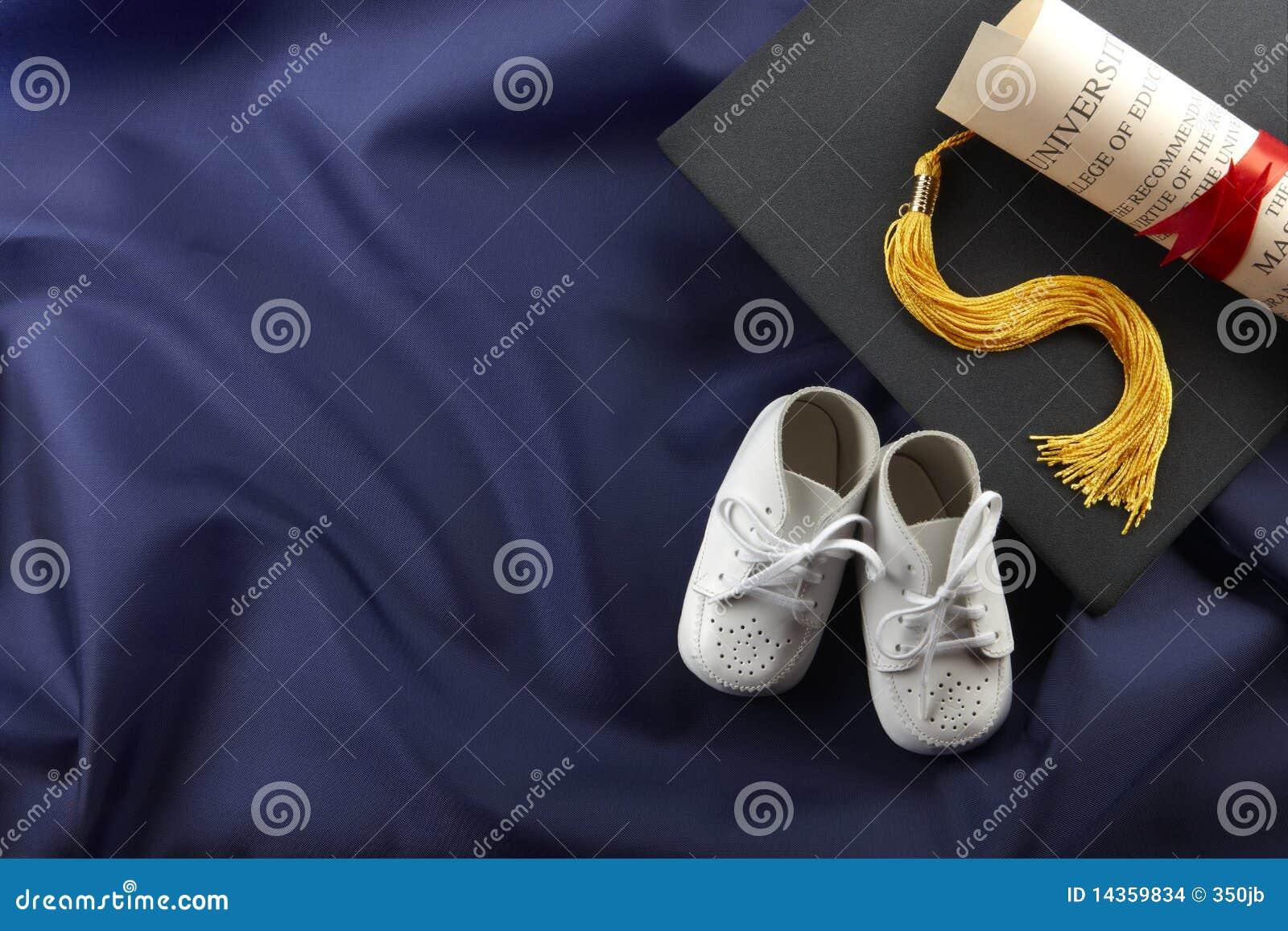 Van baby om een diploma te behalen