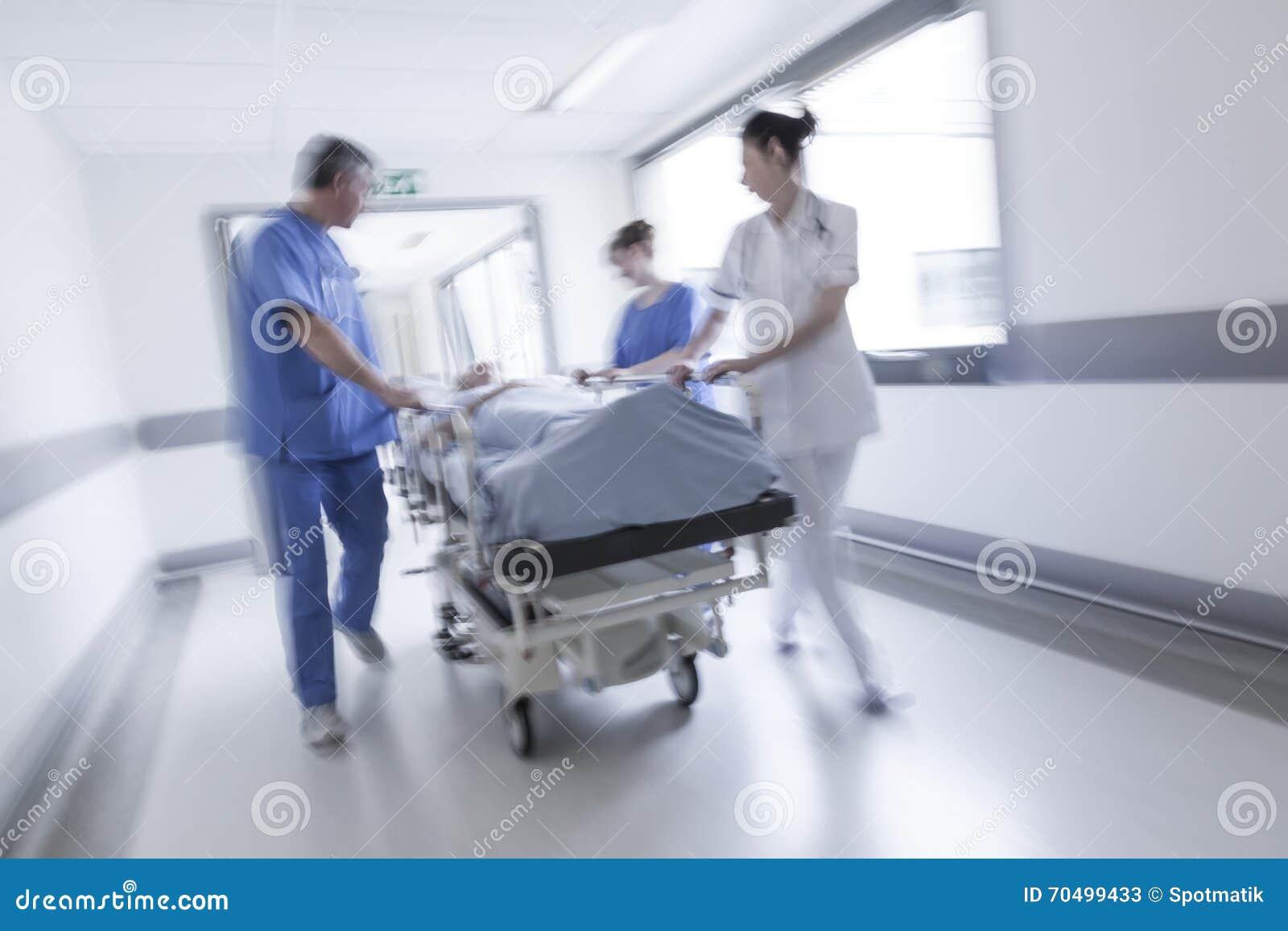 Van de Brancardgurney van het motieonduidelijke beeld Geduldige het Ziekenhuisnoodsituatie