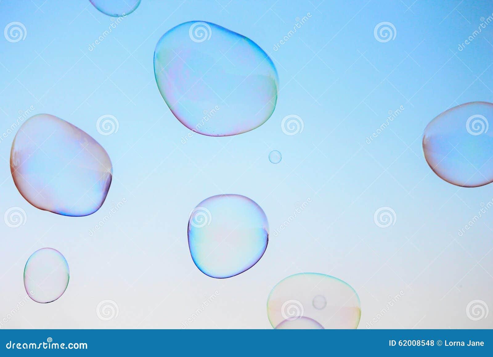 Van de close-upzeepbel modern eenvoudig abstract ontwerp als achtergrond met copyspace