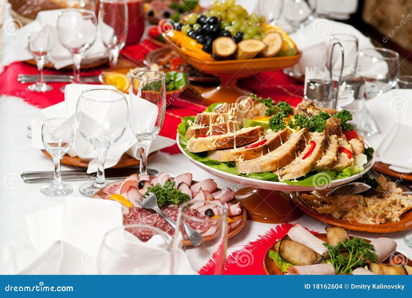 Van de het voedsellijst van de catering de vastgestelde decoratie stock foto afbeelding 18162604 - Decoratie van de villas ...