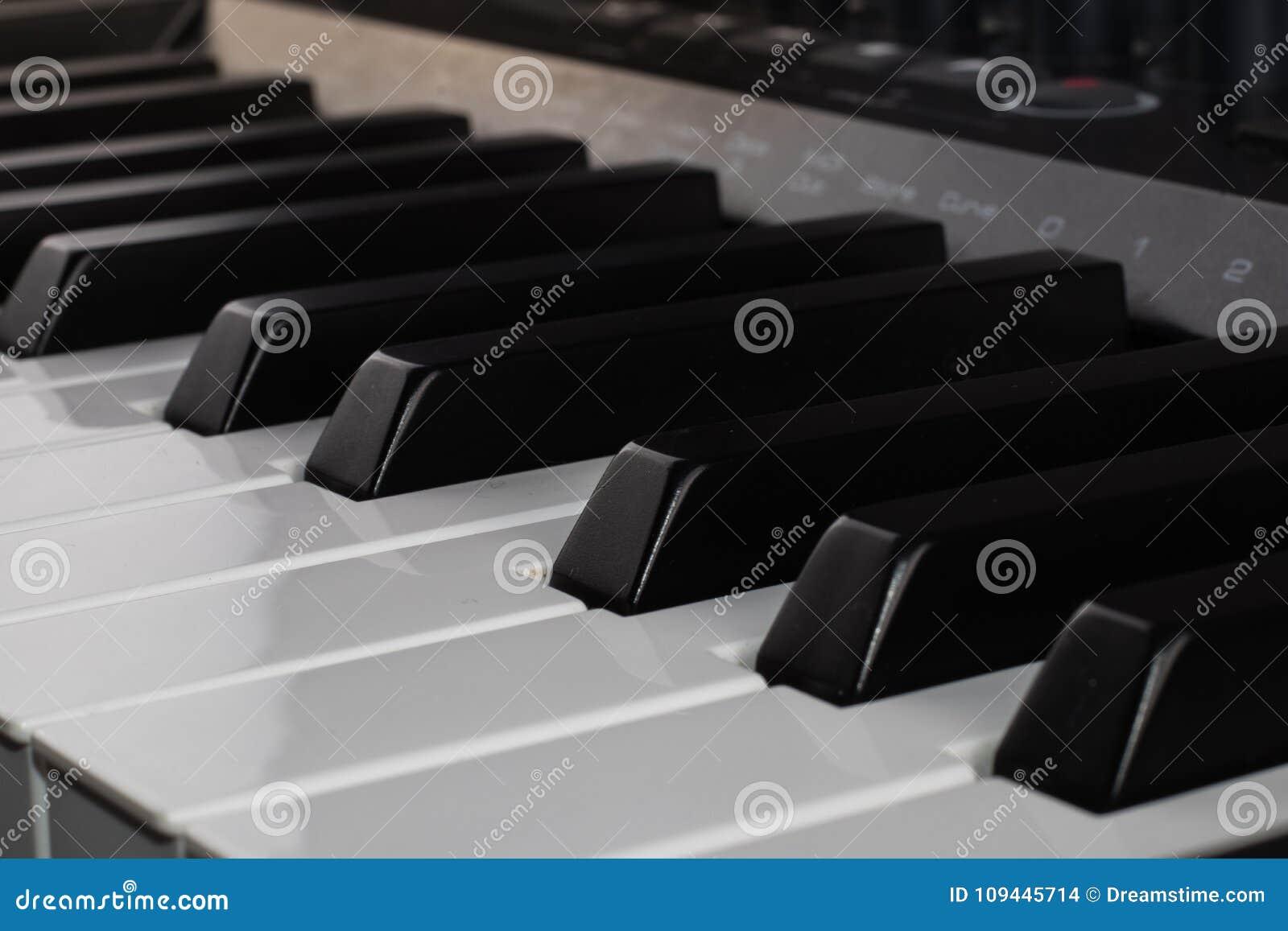 Van het het controlemechanismetoetsenbord van Midi de digitale muziek