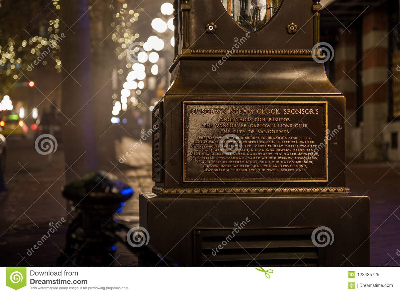 VANCOUVER, BC, CANADA - NOV 27, 2015: The old steam clock in Vancouver`s historic Gastown.