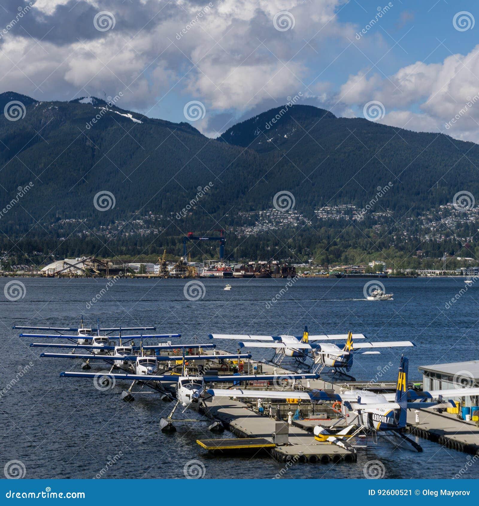 Vancouver, Canadá - 8 de mayo de 2017: Terminal del hidroavión del centro del vuelo del puerto de Vancouver el 8 de mayo de 2017