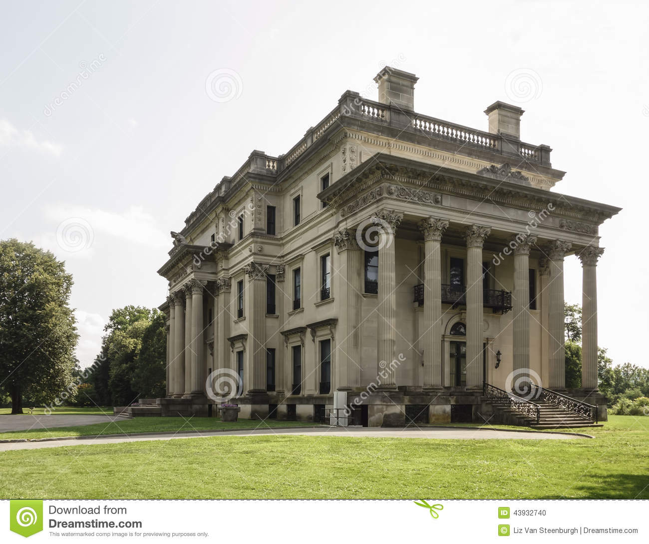 Vanderbilt mansion stock photo image 43932740 for Old new york mansions