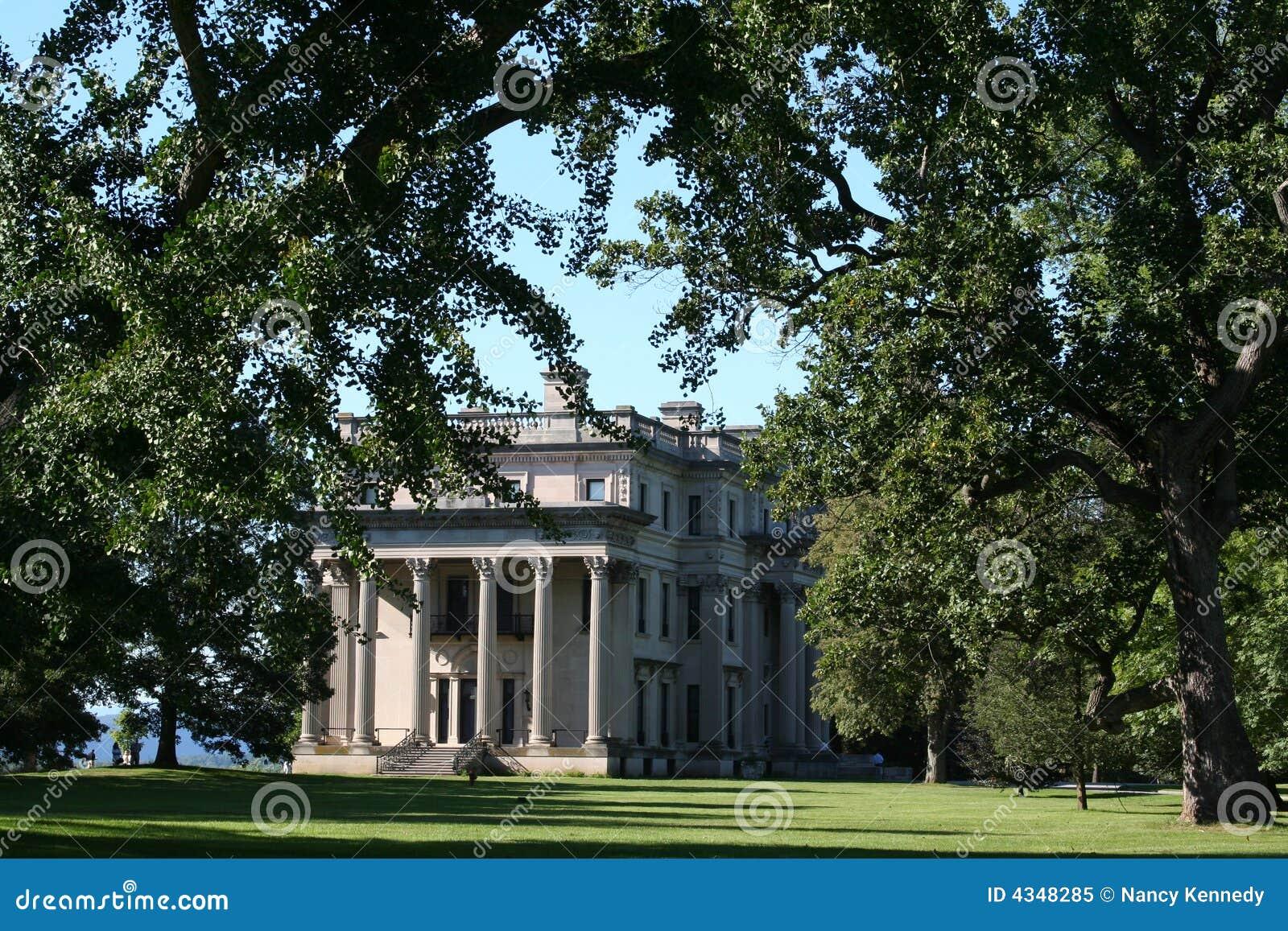 Vanderbilt Villa