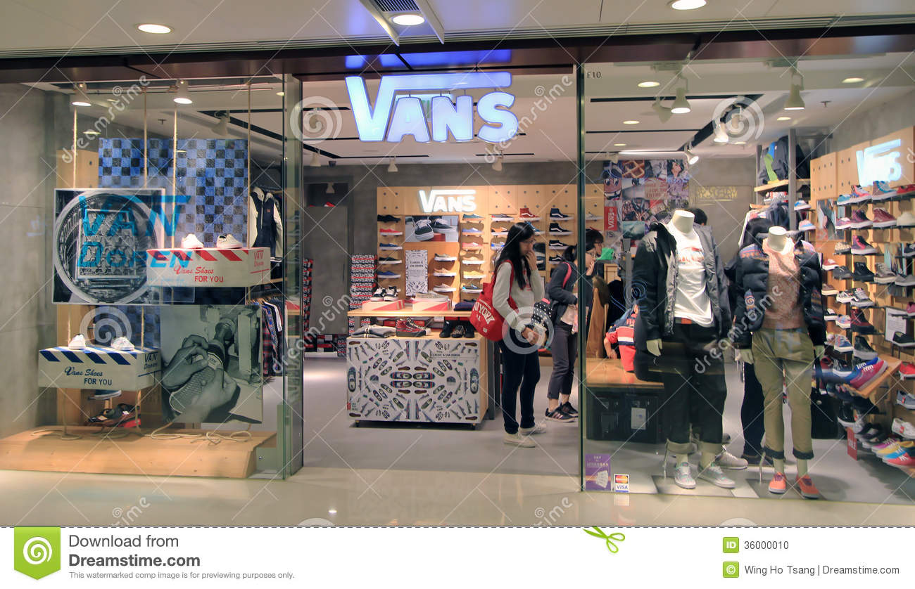 Vans has opened his second German store in Munich. The Skater-Label is at the Hohenzollernstra  e 9 to find on 120 m2. There are shoes and clothes for man
