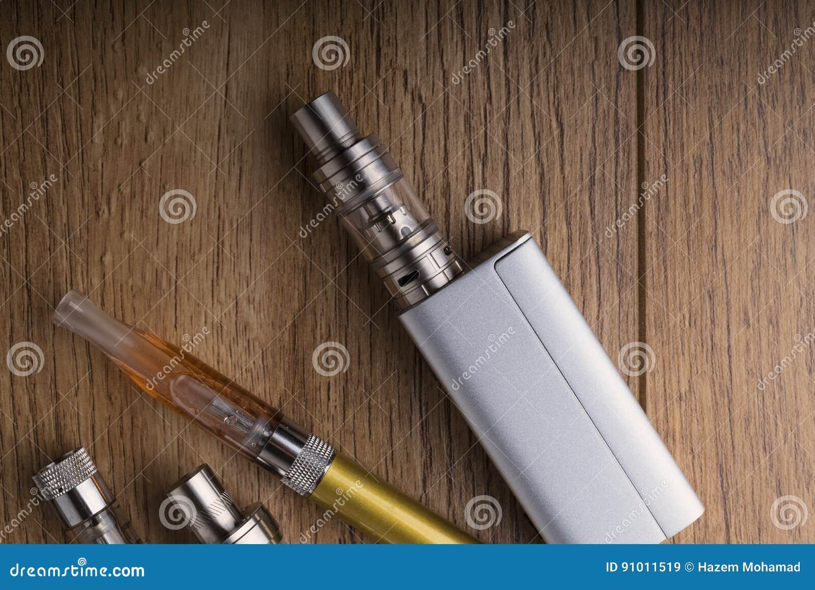 Vape笔和vaping的设备, mods,雾化器, e香烟, e香烟