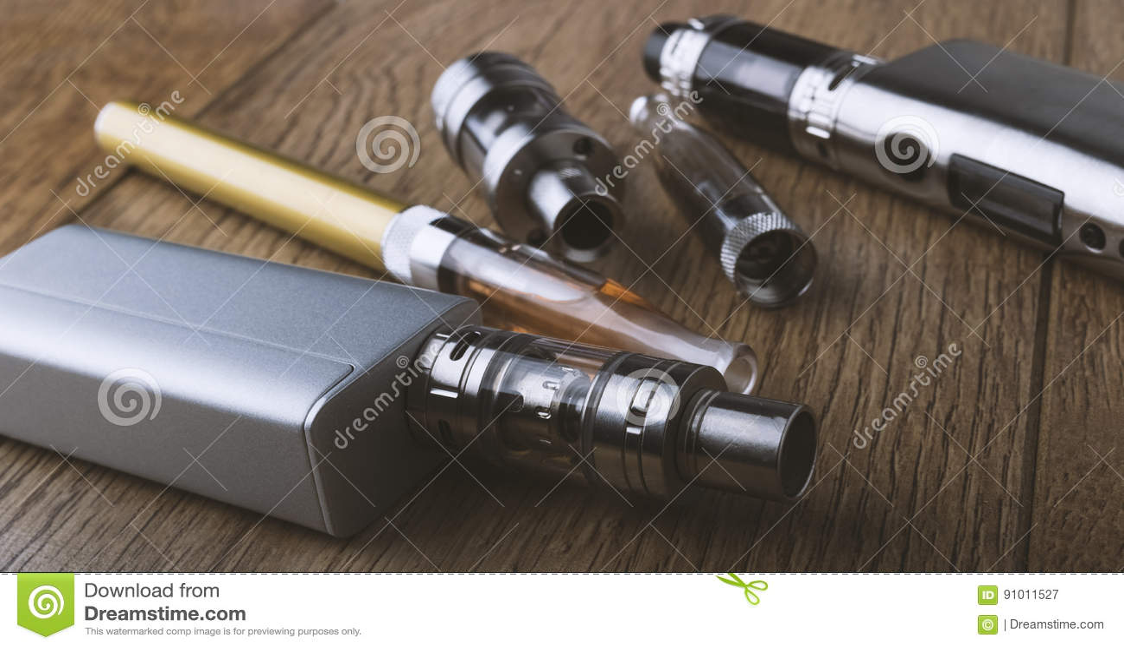 Vape pen and vaping devices, mods, atomizers, e cig, e cigarette