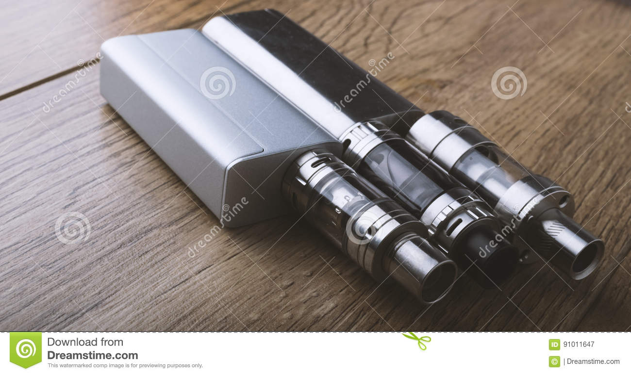 Vape pen and vaping devices, mods, atomizers, e cig, e cigarette