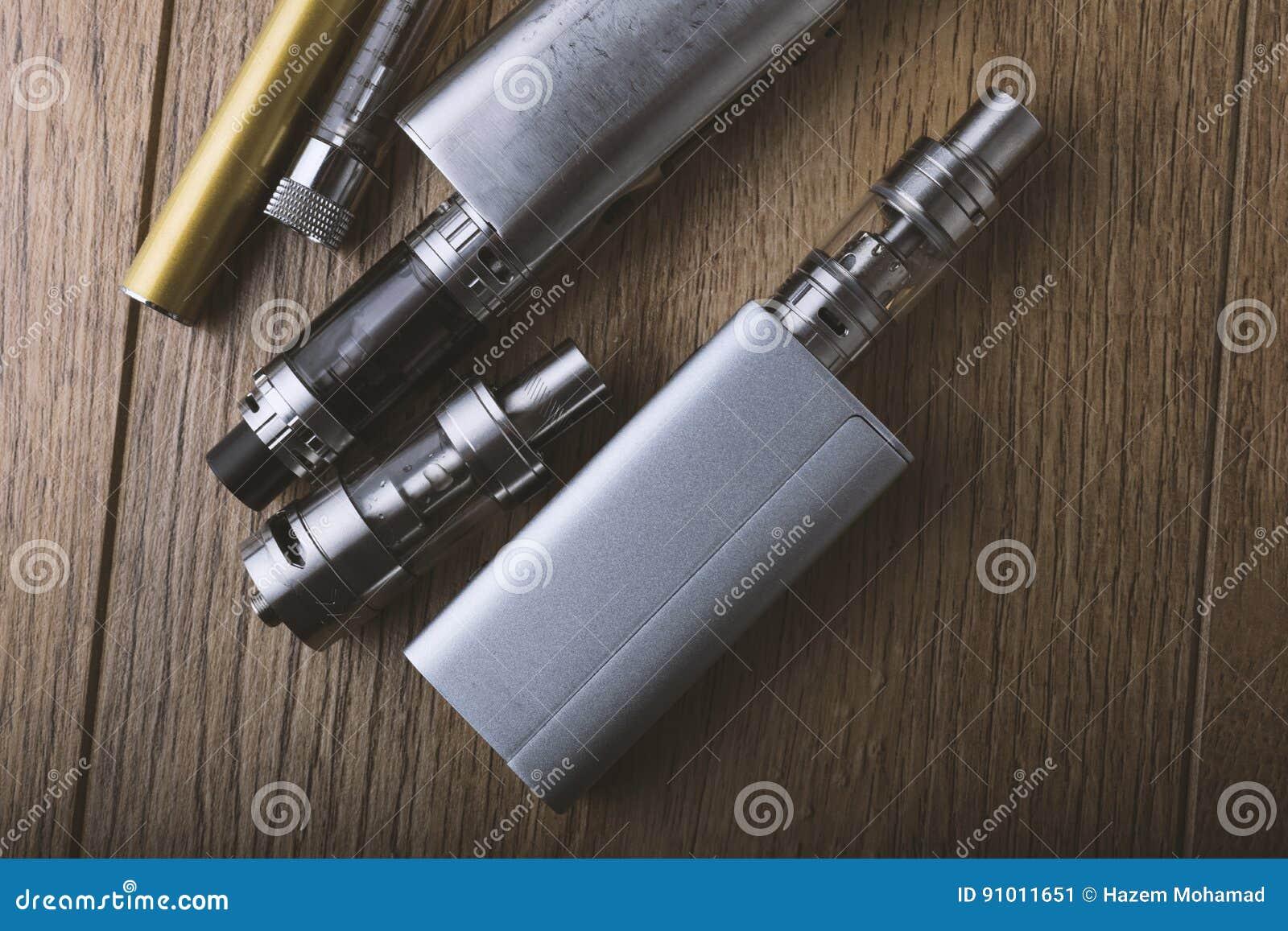 Vape pióro i vaping przyrząda, mods, atomizatory, e cig, e papieros
