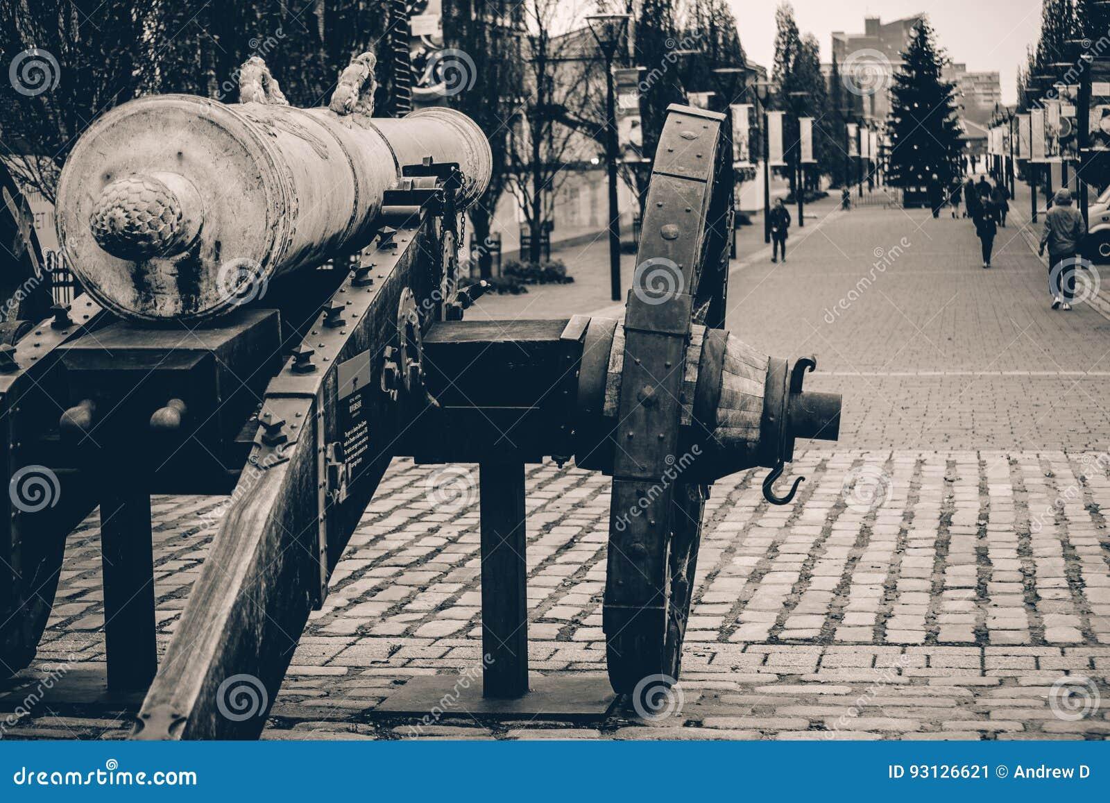Vapen i historia