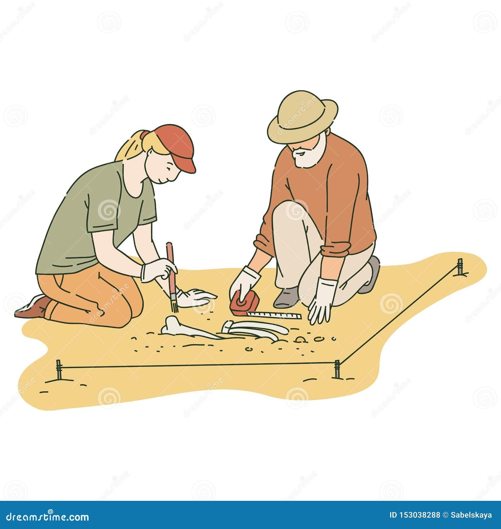 Varón y arqueólogos de sexo femenino que trabajan en sitio con estilo del bosquejo de las herramientas especiales