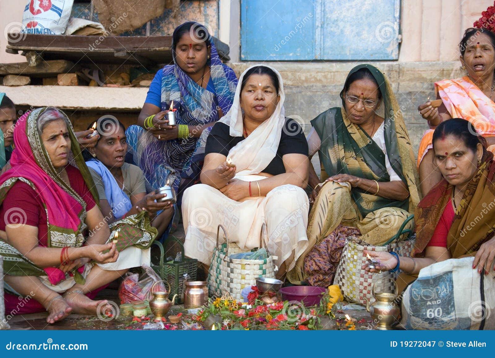 Varanasi Ghats - culte indou - l Inde
