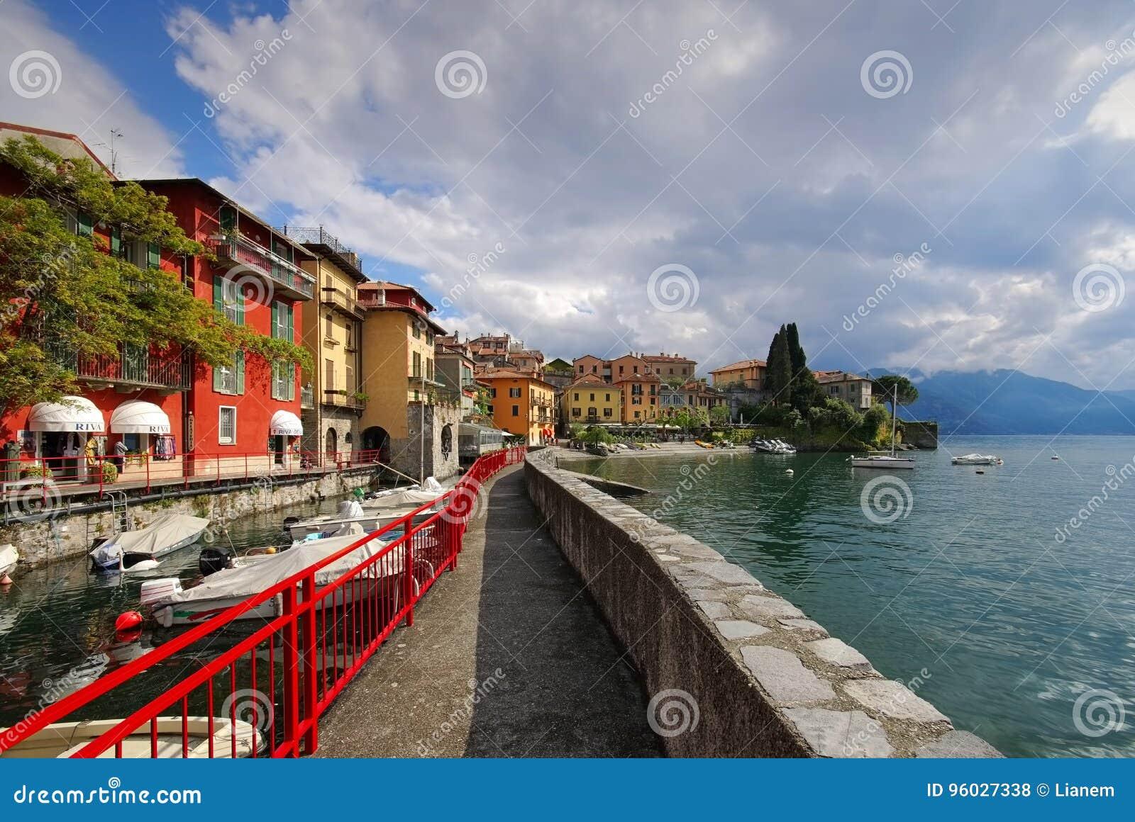 Varenna schronienie Jeziorny Como, Lombardy