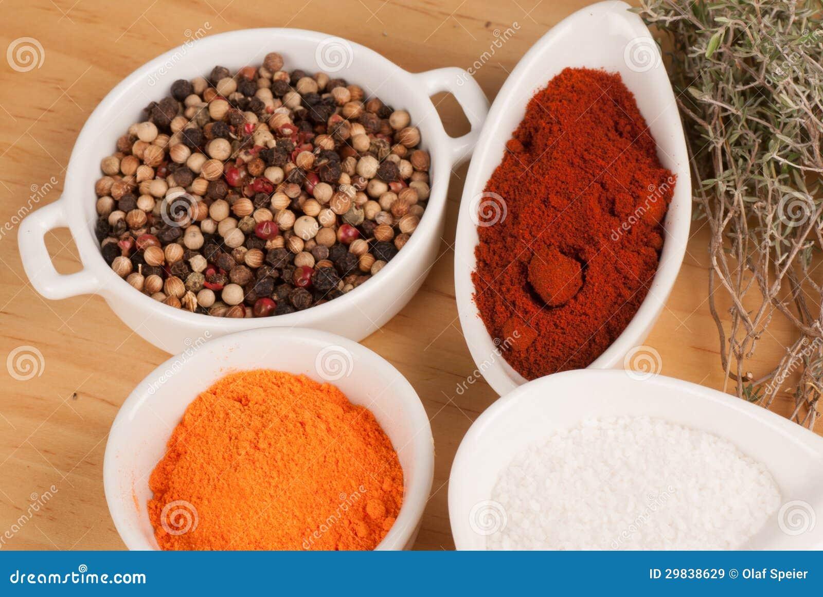Especiarias, condimentos e ervas
