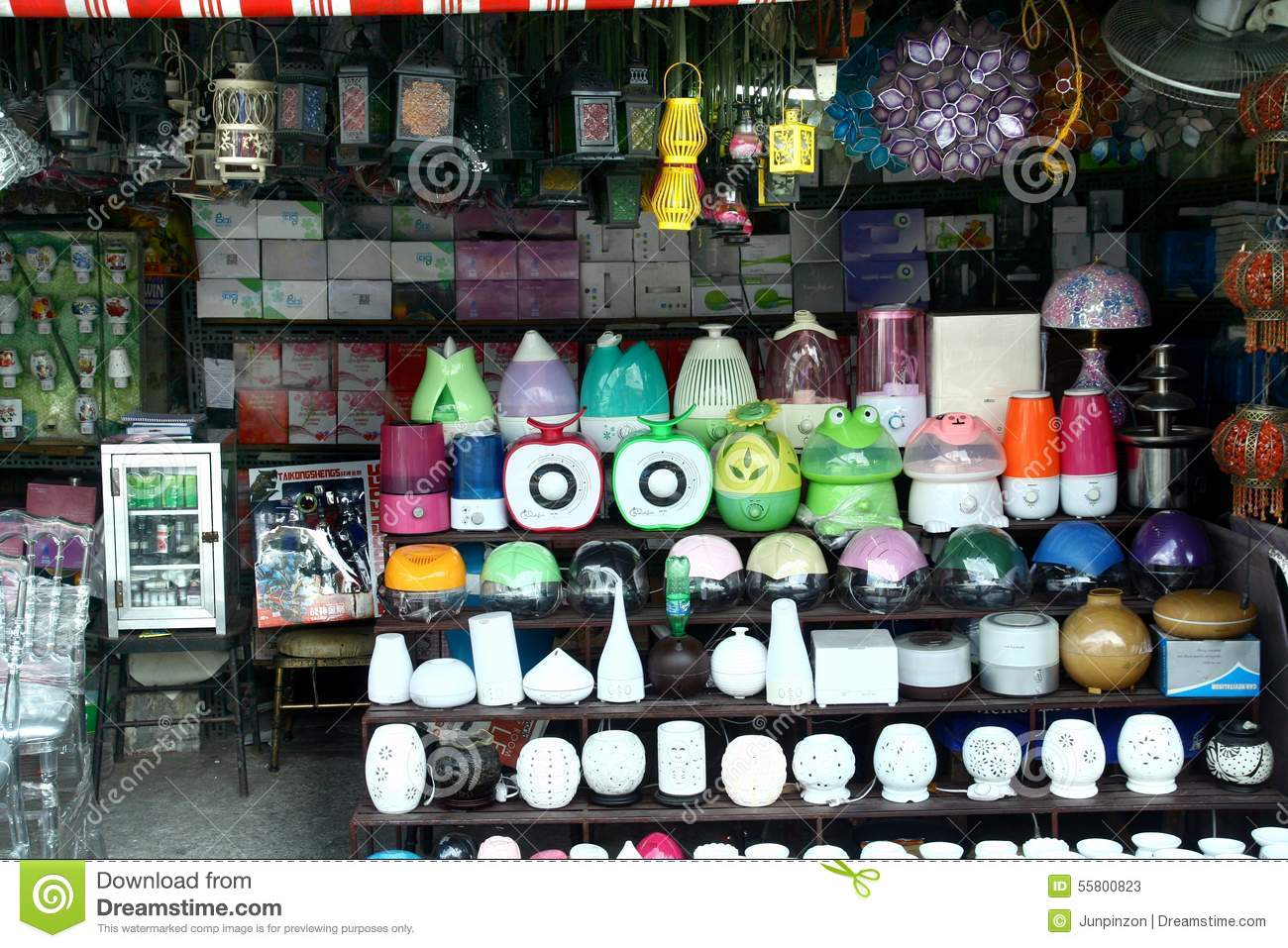 Variety of lamps sold at a store in dapitan arcade in for Selling home interior products
