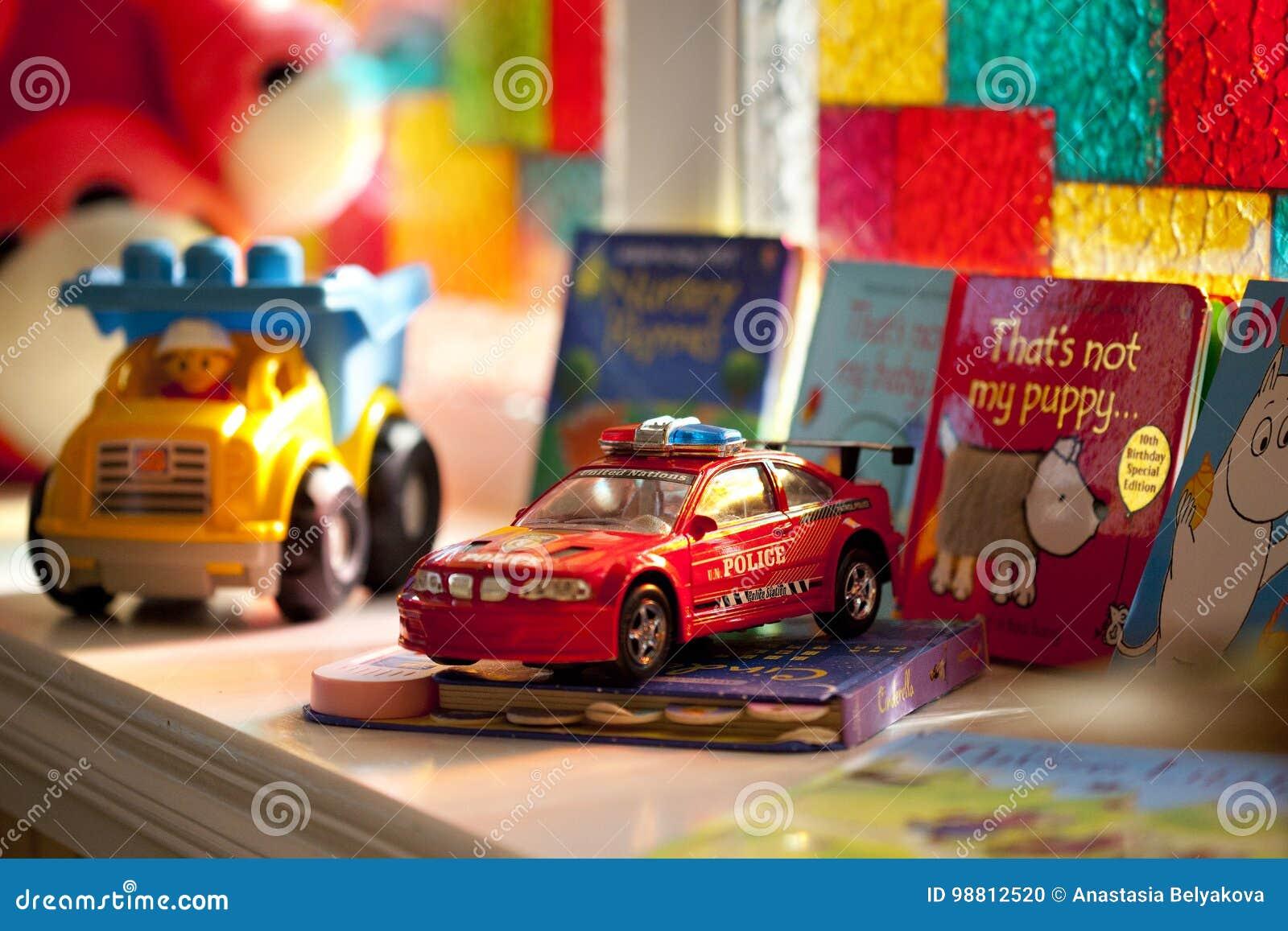 NiñosEl Varios Coloridos Los Coche Del Para Libros Juguete Y 5RA43jL