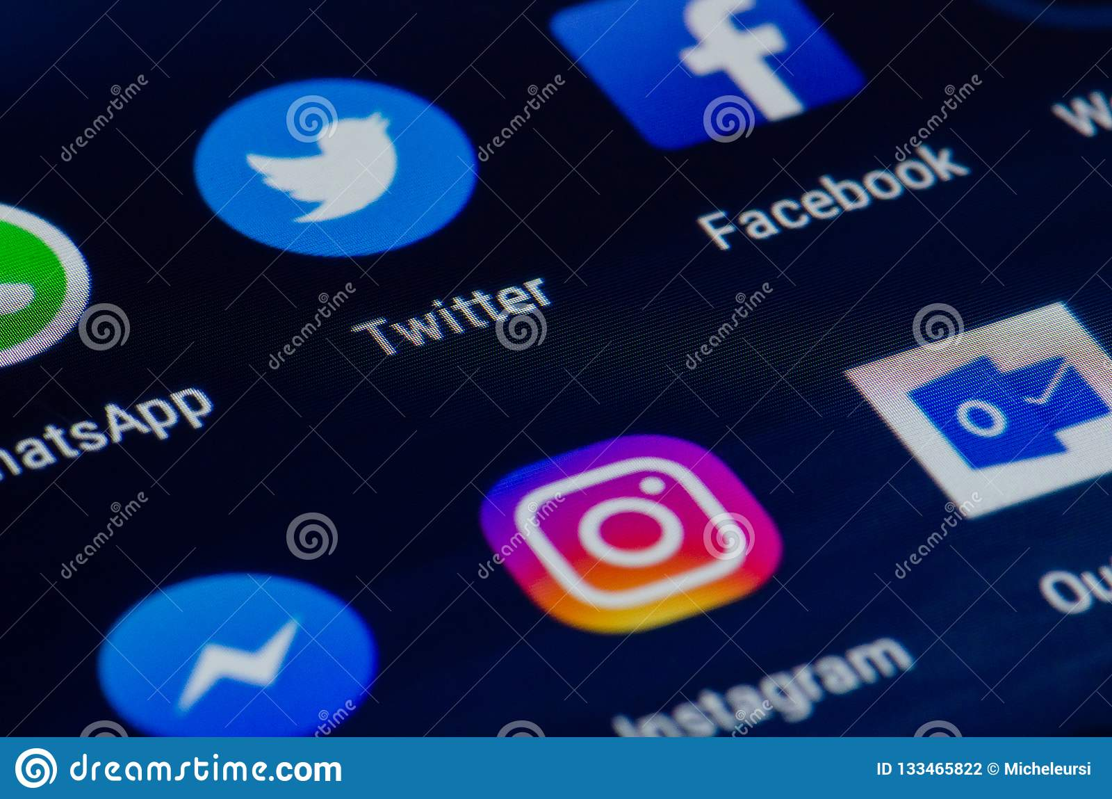 Various app, screen editorial photography  Image of facebook