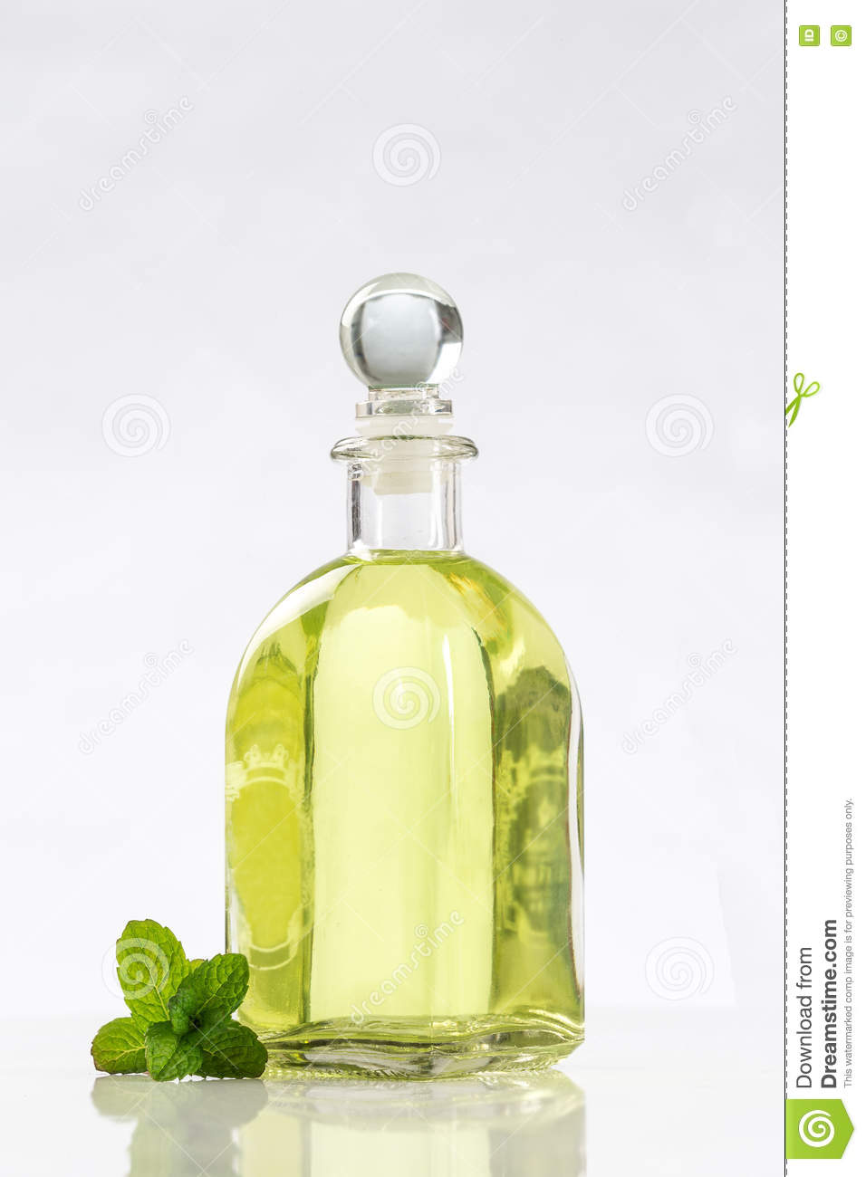 How To Make Natural Perfume With Essential Oils