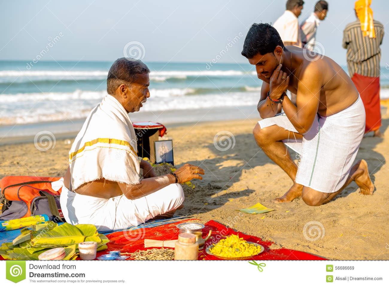 Varkala India  city pictures gallery : Varkala, India Februari 22, 2013: Hindoese Brahmaan met godsdienstig ...