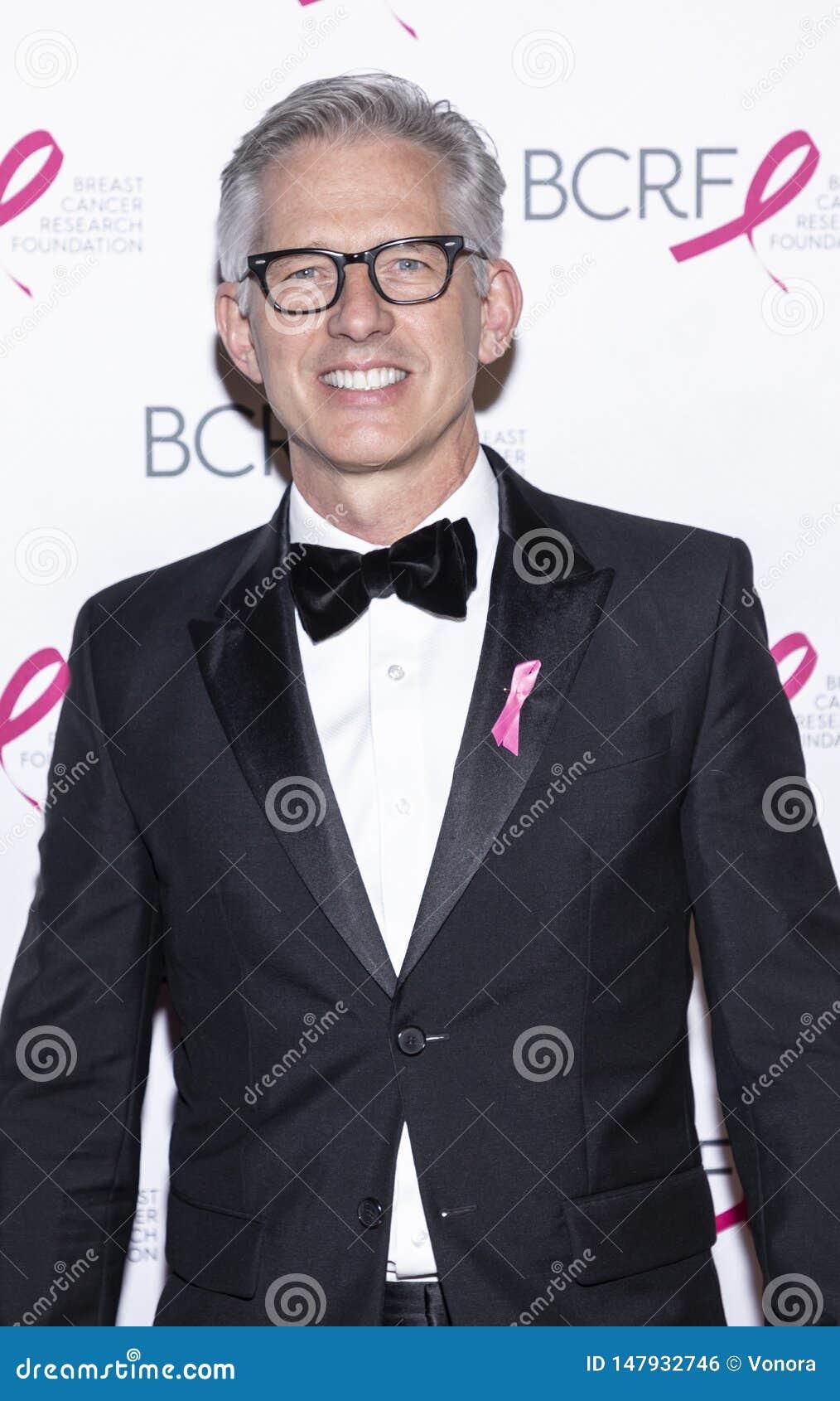 Varma rosa partiankomster f?r BCRF 2019