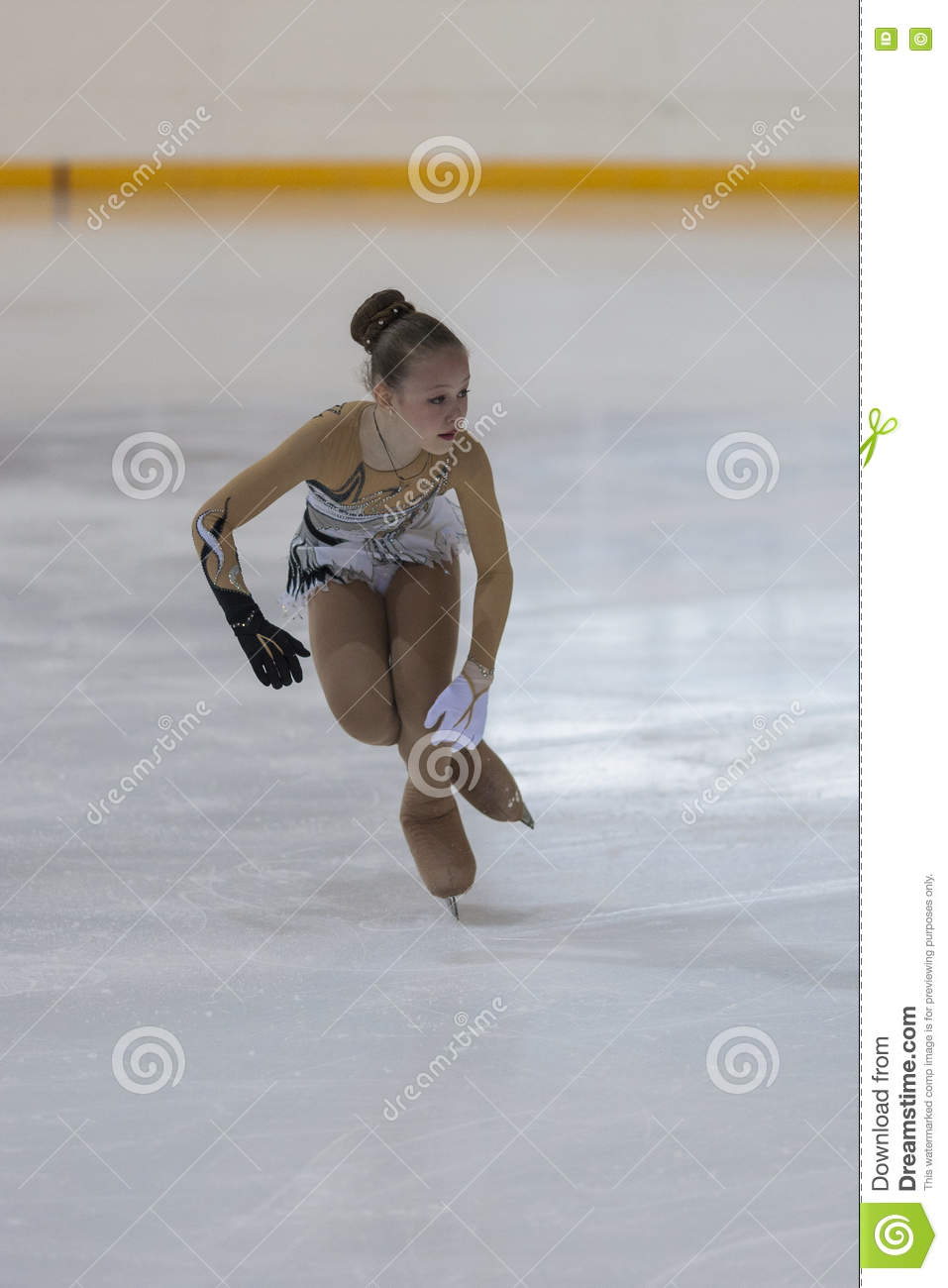 Varvara Ravgen Performs Bronze Class III Girls Free Skating ...
