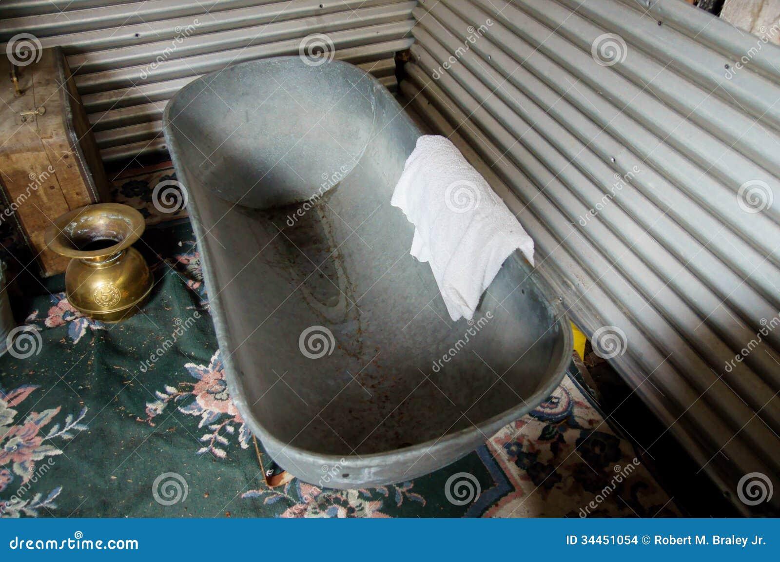 Vasca Da Bagno Usata Prezzi : Vasche da bagno antiche prezzi latest la di una nuova vasca
