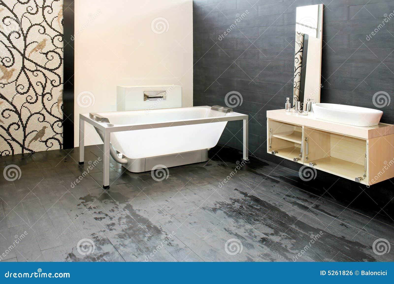 Penisola a scomparsa - Vasca da bagno in vetro ...