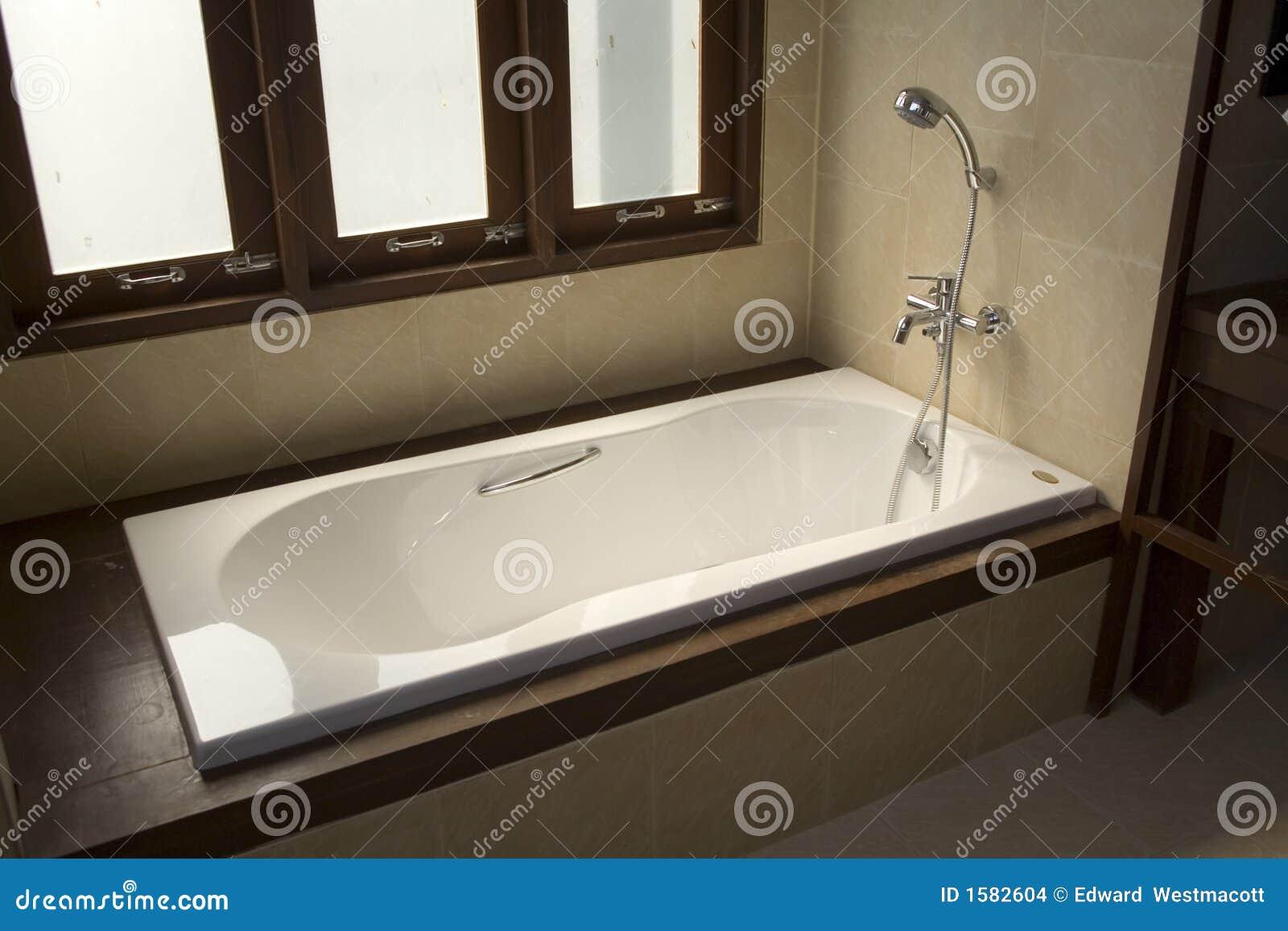 Vasca Da Bagno Salvaspazio : Vasca da bagno in muratura. awesome vasca da bagno in muratura lusso