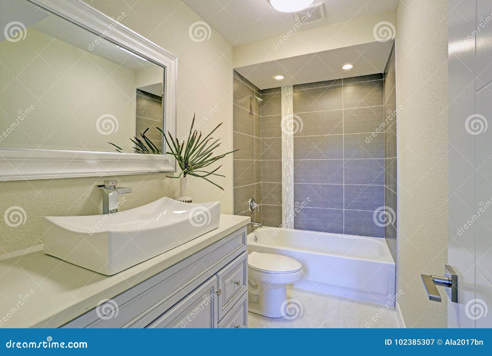 bagno e doccia insieme ~ Comarg.com = Lussuoso Design del Bagno con ...