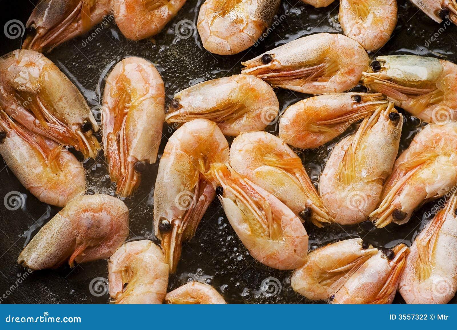 Vaschetta di frittura con i frutti di mare