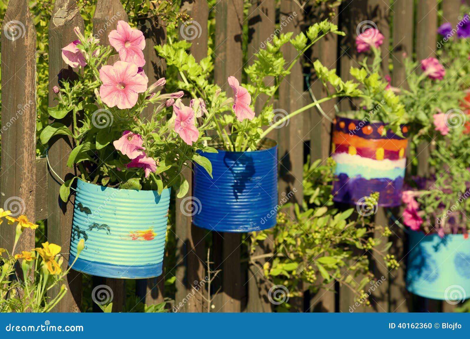 Vasi dipinti fotografia stock immagine di fiori arte for Vasi di fiori dipinti