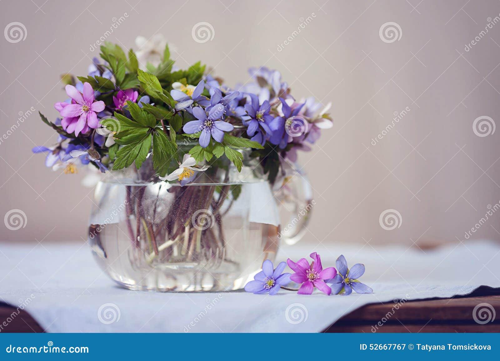 Vaso con fiori vasi con fiori finti piante finte with for Fiori da vaso