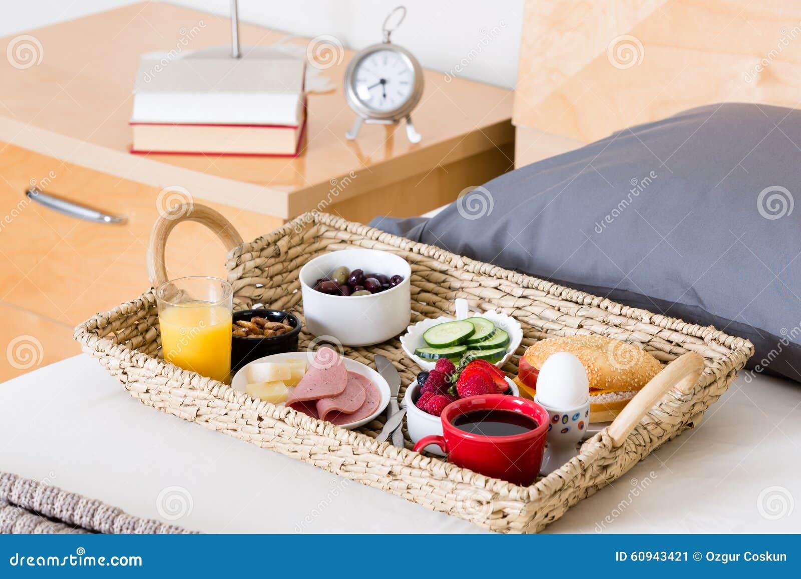 Tavoli Per Colazione A Letto : Tavolo colazione a letto u oobb