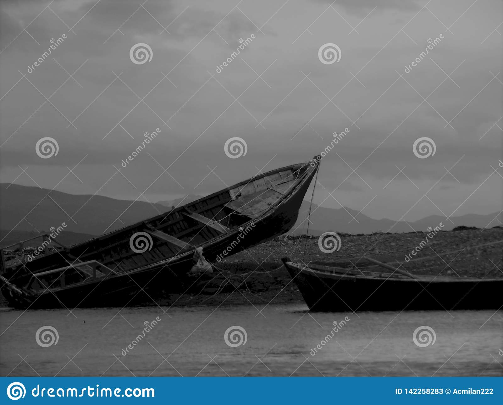 Vastgelopen vissersboten
