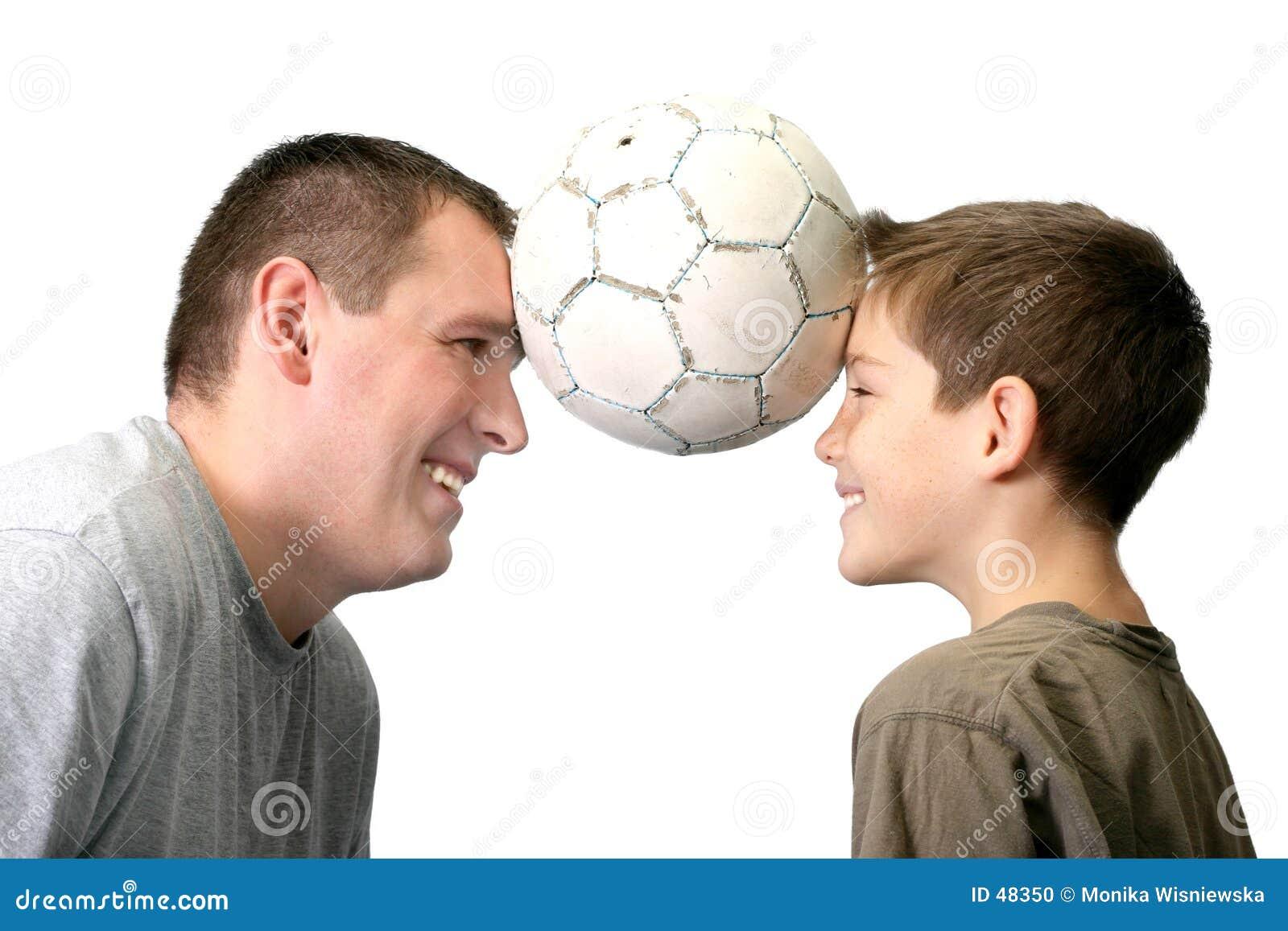 Vater und Sohn - spielend