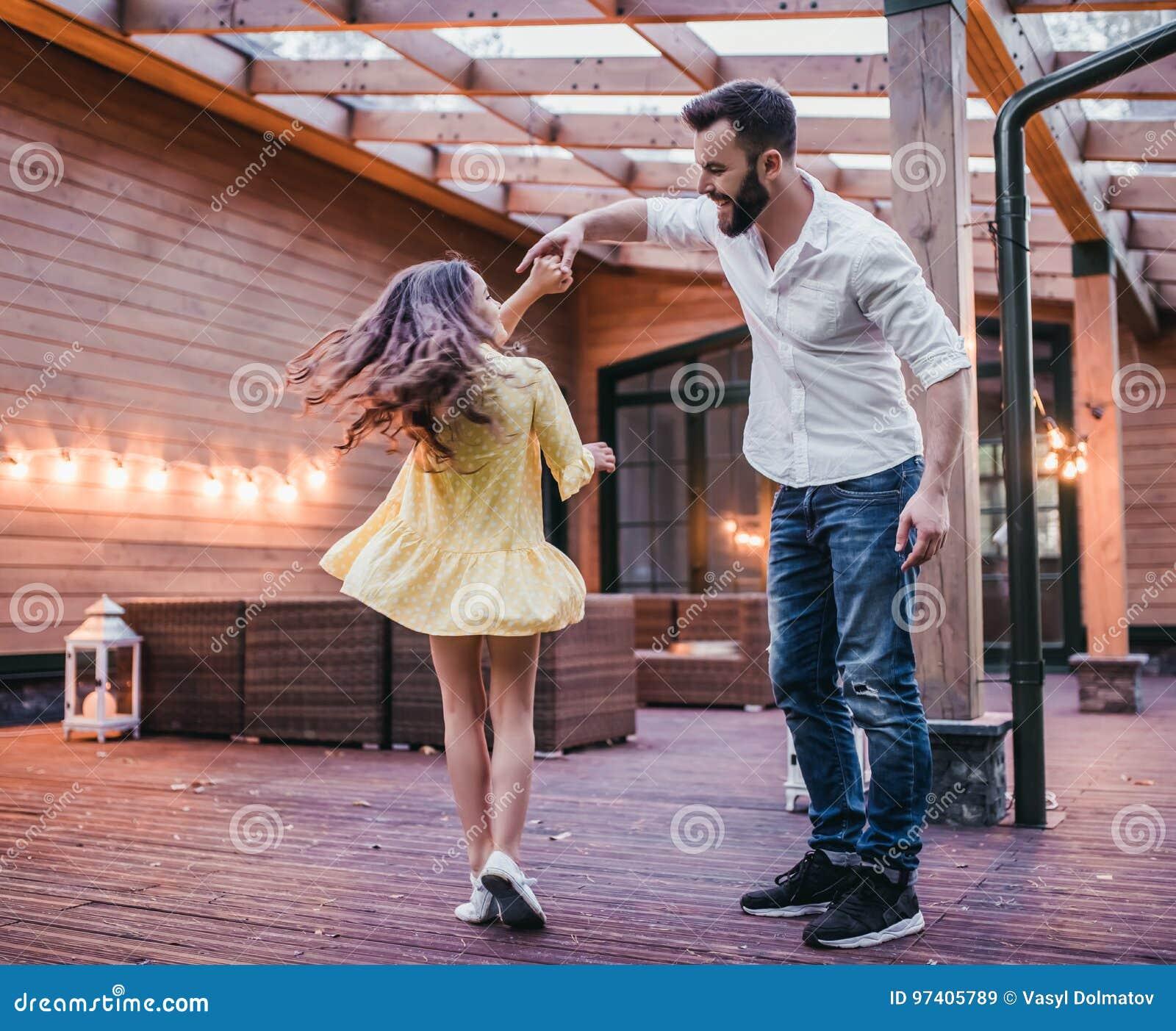 Vati mit Tochter