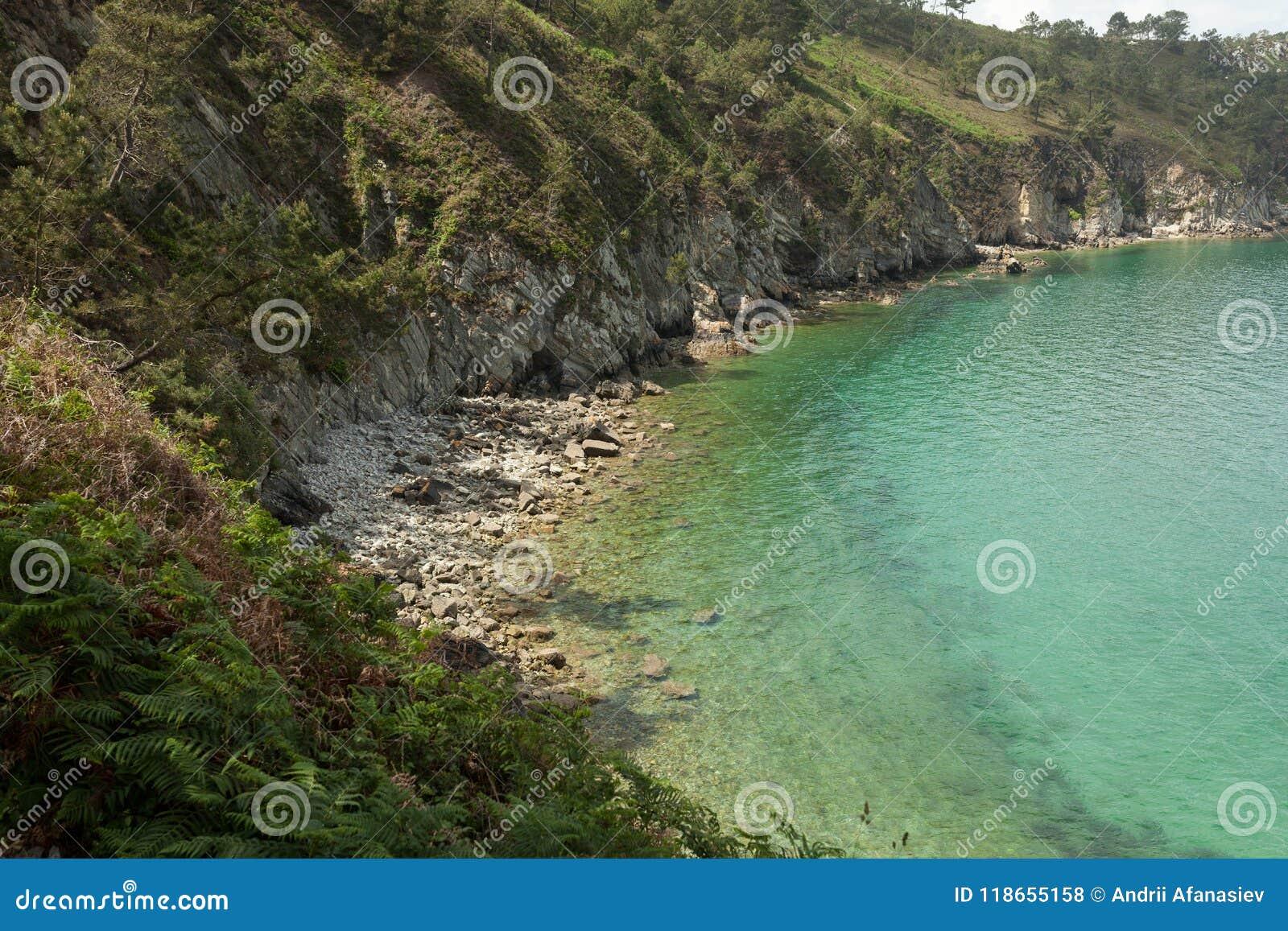 Vatten för sikt för oklarhetshavsky Naturbakgrund med inget Morgat Crozon halvö, Brittany, Frankrike