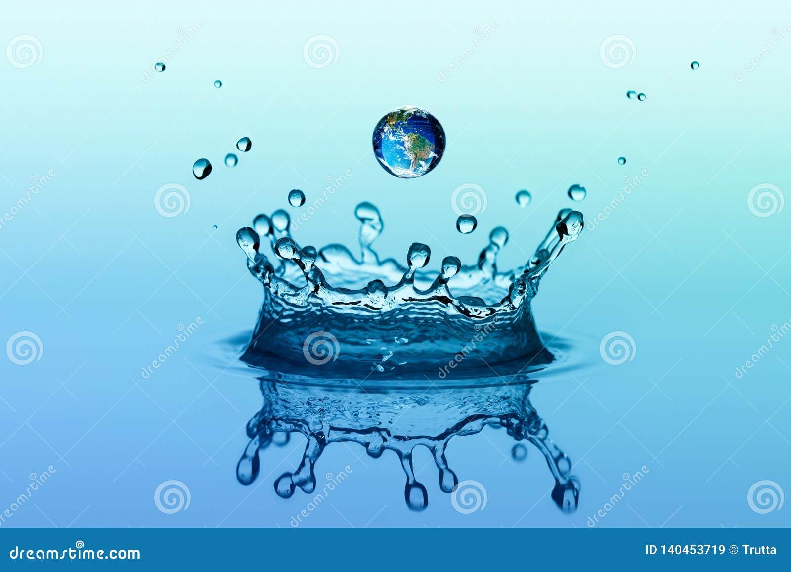 Vattenfärgstänk i kronaform och fallande droppe med jordbild