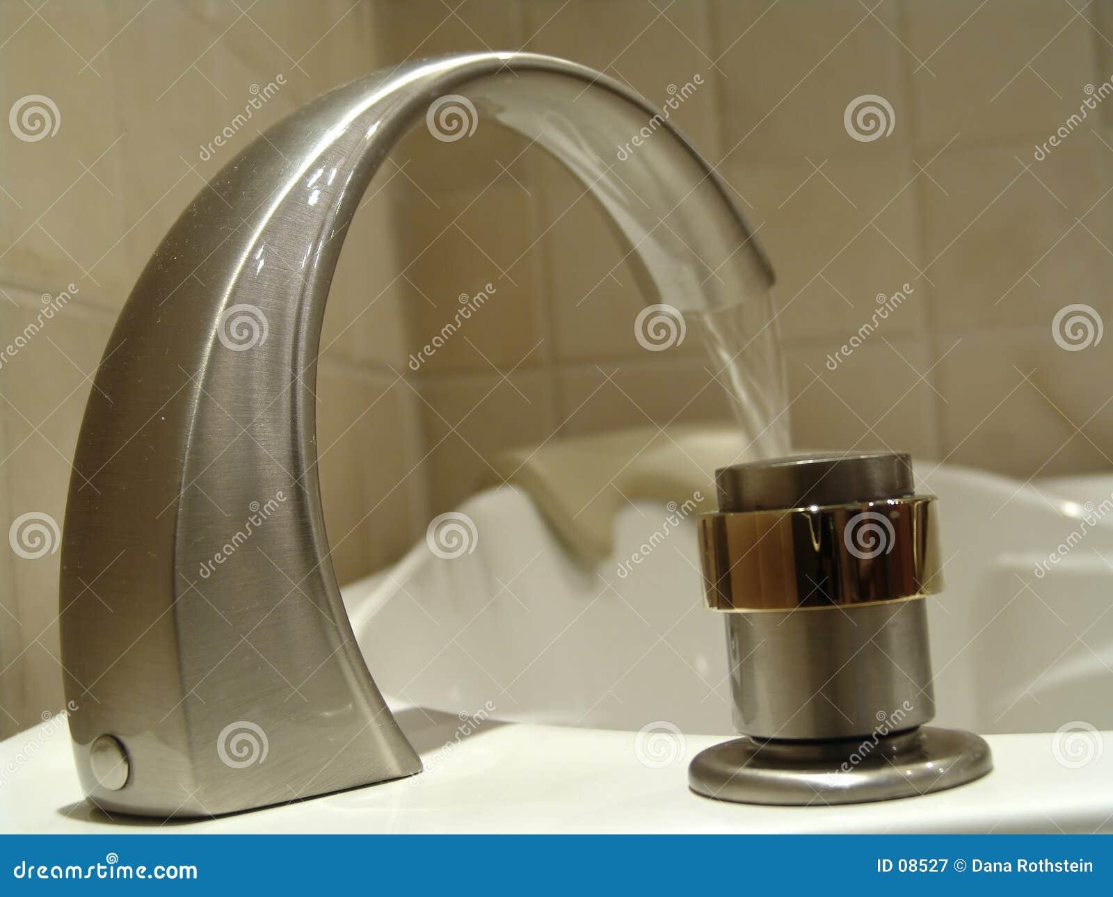 Vattenkranen badar