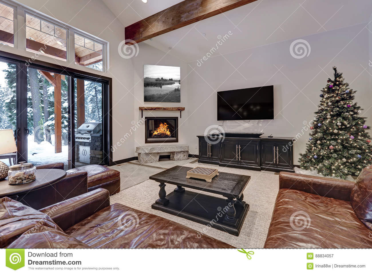 Vaulted Ceiling Living Room With Glass Sliding Doors To A Patio Stock Image Image Of Design Estate 88834057