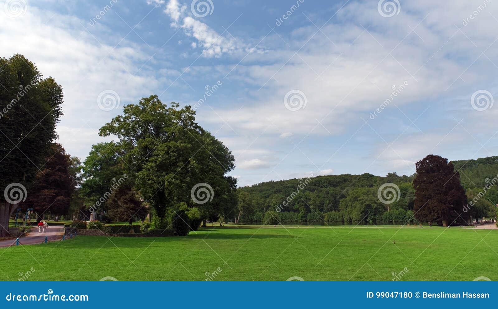 Vaux de Cernay park