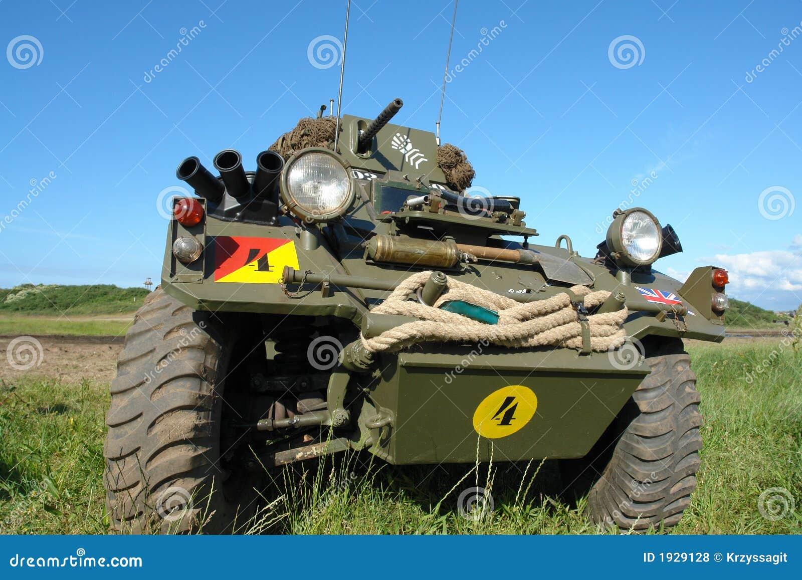 Veículo militar, velho, tipo de WWII.